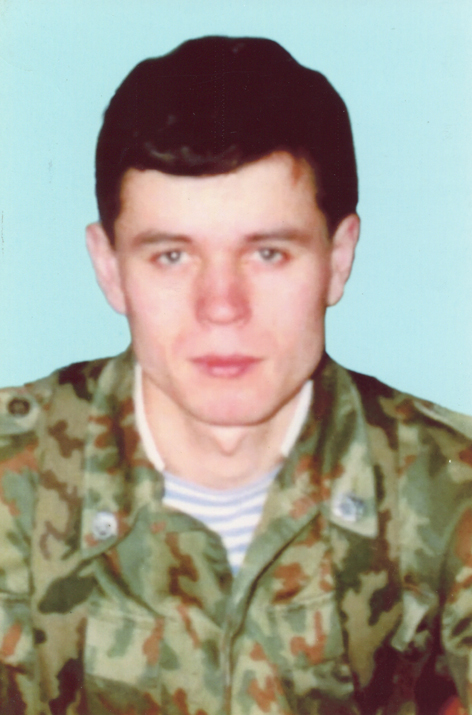 Дмитрий Петров.