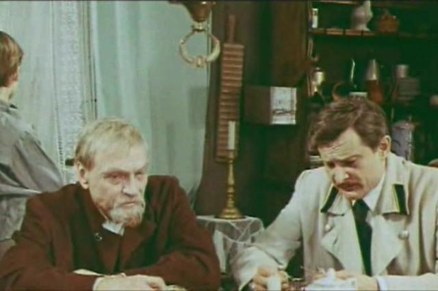 Леонид Кмит (справа) сыграл в  «Кортике» одну из последних своих ролей.