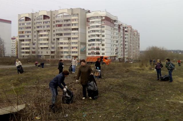 Более 200 тонн мусора вывозят по итогам каждого субботника.