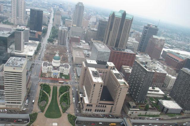Сент-Луис очень сильно отличается от Самары.