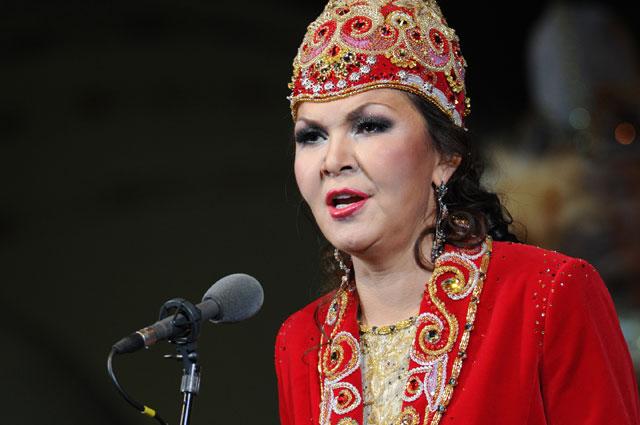 Дарига Назарбаева выступает на сцене Государственного Академического Большого театра. 2011 г.