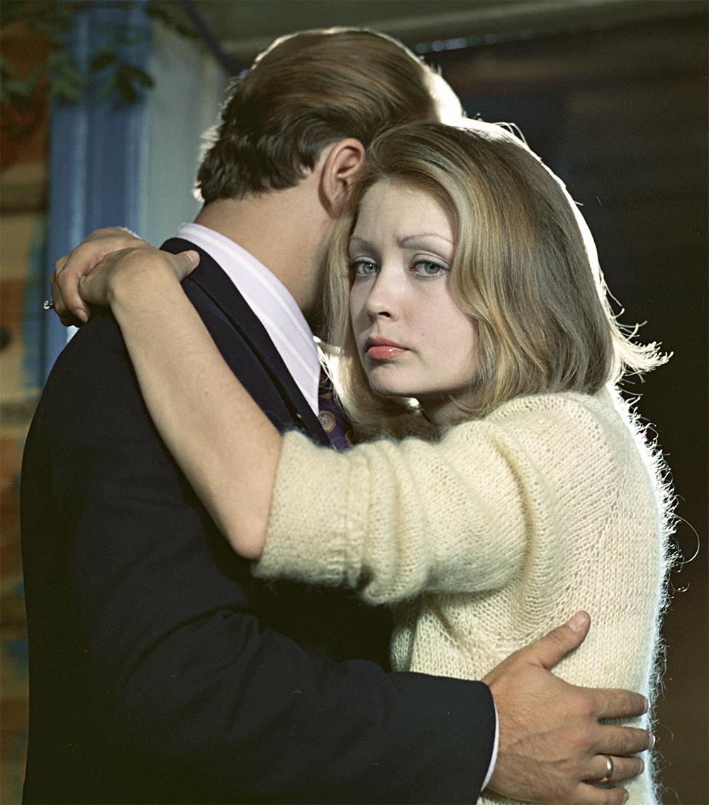 Жанна Болотова и Николай Губенко в художественном фильме «Если хочешь быть счастливым». 1974 год.