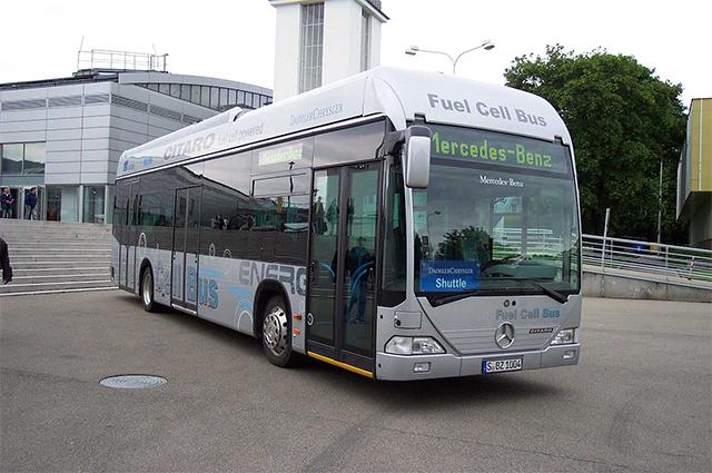 Автобус Mercedes-Benz Citaro на водородных топливных элементах.
