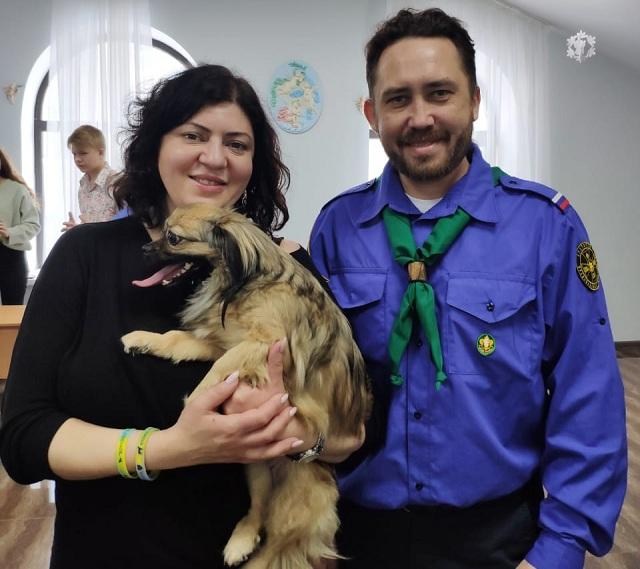 Ирина Газарян и руководитель отрядов братства православных следопытов «Витязи» Иван Ерёмин.