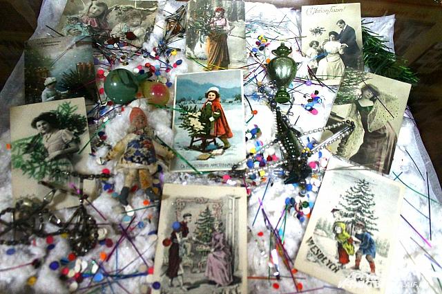 Раньше открытки использовались чаще, в них вкладывался особый смысл