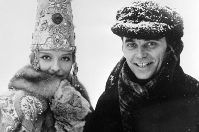 Кинорежиссёр Элем Климов один из авторов фильма Спорт, спорт, спорт, и кинорежиссёр Лариса Шепитько, исполнившая в этом фильме роль жены купца Калашникова. 1970 год