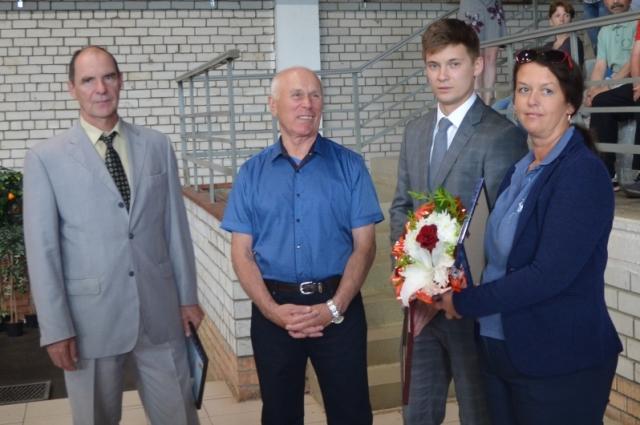 Валерия Волкова поздравили с юбилеем друзья и коллеги.