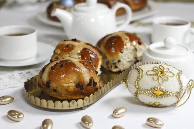 Английские булочки с крестом.