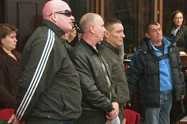 Банду Еналеева отдали под суд только в 2013 году.