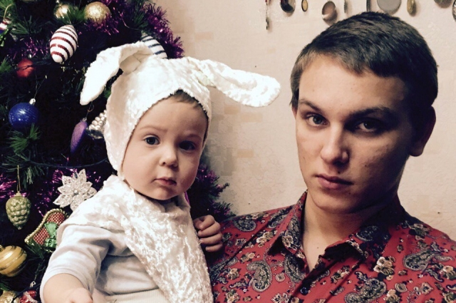 Марк Яворский с племянником.