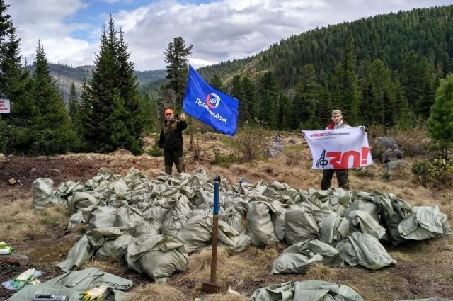 160 мешков мусора собрали волонтеры.